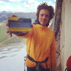 Thanks Matt Segal for tweeting us this awesome pic from your last climb! Glad you are enjoying this high protein snack on the wall! #wildplanet #wildplanetsardines #sustainable