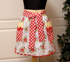 My One Yard Apron pattern made with Sew Cherry on this etsy site