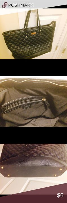 BCBG Purse This is a gently used BCBG purse in great condition. Material: faux leather color:black BCBG Bags Shoulder Bags