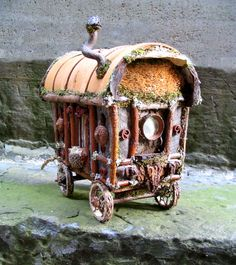 Diana Heyne: Nomadness....My Faery Caravans and a Pilgrimage to Sainte Sarah