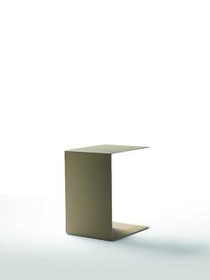FLEXFORM PLAIN small table #design Antonio Citterio