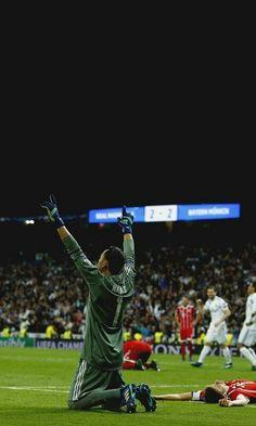Goalkeeper Training, Real Madrid Team, Football Wallpaper, Best Player, Black Wallpaper, Venom, Cristiano Ronaldo, Dream Team, Cricket