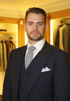 Henry Cavill News: Henry Looking Sharp At Charity Event In London Tonight