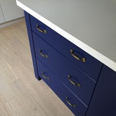 Benjamin Moore admiral blue island with pure white caeserstone counters and white washed oak floors The Mirror And The Drape: Confessions of a Design-a-Holic: Project Jennifer- Kitchen
