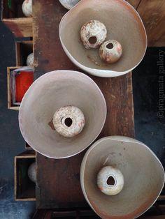 """Galaxies"" Ceramic bowls by Yuji Ueda.   「銀河」 上田勇児さんの陶芸。 #ceramics #pottery #japanese_pottery #gallery #Tokyo"
