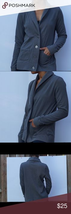 Gray Sweatshirt Cotton Long Sleeve Blazer Gray Sweatshirt Cotton Long Sleeve Blazer   Merona Size small Collared Blazer Sweatshirt material 83% cotton 17% polyester Long sleeve Comfy Perfect for the fall season Merona Jackets & Coats Blazers