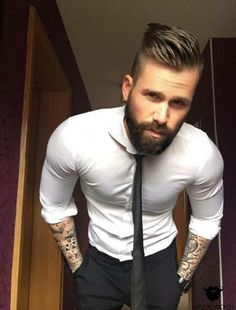 Hair, beard and tats oh my! Gorgeous!