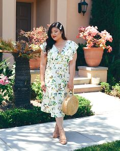 Absolutely in love with this printed dress from @11honore! It's the perfect piece for summer--I'll be packing this for my Napa and Tuscany trips during summer vacation since I can't think of a better piece to wear while vineyard-hopping! @shopstyle #thenewrunway #11honore #sponsored