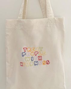 Diy Tote Bag, Cute Tote Bags, Canvas Designs, Canvas Tote Bags, Diy Clothes, Harry Styles, Purses And Bags, Couture, Embroidery