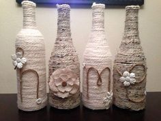 Sticle banale sau decoratiuni fabuloase? 26 de Idei creative Putem realiza decoratiuni fabuloase din sticle din sticla doar vopsindu-le sau accesorizandu-le cu tot felul de materiale. Vedem aici 26 de idei: http://ideipentrucasa.ro/sticle-banale-sau-decoratiuni-fabuloase-26-de-idei-creative/