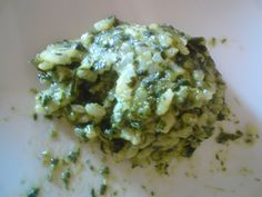 Recipe Spinach Risotto by SpätzlemitSoß – Recipe in the category Main courses with vegetables by schwuitz Nutritional Value Of Spinach, Spinach Risotto, Paella Recipe, Pasta Carbonara, Good Food, Yummy Food, Pumpkin Spice Cupcakes, Cream Recipes, Food Pictures