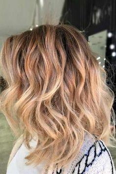beach wavy hairstyles for medium length hair blonde ombre lob 334x500