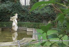 This secret garden in Berlin is a tranquil oasis complete with ornamental pool