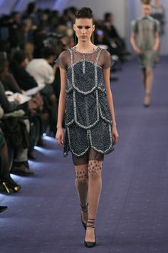 6 Gorgeous Looks & 1 Beautiful Neckline From Chanel's Haute Couture Show
