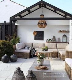 modern rustic patio seating area Bohemian vibe White terrace Black accents Romantic and cozy relaxing vibe Backyard Seating, Outdoor Seating Areas, Outdoor Rooms, Backyard Patio, Outside Seating Area, Backyard Beach, Wood Patio, Backyard Landscaping, Rustic Outdoor Spaces