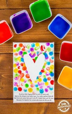 Mom will adore this simple fingerprint Mother's Day art. This homemade kid gift is something she will treasure for years to come. And the best part is that Mother's Day diy mother's day gifts, finger Homemade Kids Gifts, Diy Gifts For Mom, Mothers Day Crafts For Kids, Diy Mothers Day Gifts, Mothers Day Cards, Diy For Kids, Mothers Day Gifts Toddlers, Parent Gifts, Happy Mothers