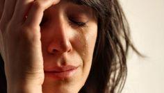 'Het eeuwige moeten'. Herken je dat, dat je hoofd overloopt? Je constant het gevoel hebt achter de feiten aan te lopen? 's Morgens moe opstaat en je minstens twee uur slaap tekort komt? Al maanden geen tijd hebt voor leuke dingen met vriendinnen?  http://www.vrouwenpassie.nl/artikelen/het-eeuwige-moeten/