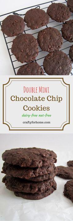 Double Mini Chocolate Chip Cookies #dairyfreecookies #christmascookies #chocolatechipcookies