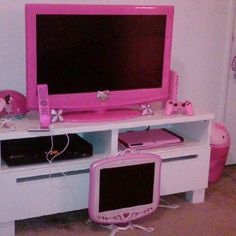 My make up room is going to be where i hang out so i want a PINK Tv and systems to watch shows and movies in there
