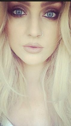 Perrie Edwards is beautiful. I still can't understand why Zayn dumped her. She's a great human being.