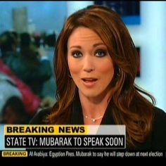 CNN News anchor, Brooke Baldwin Brutisima! Brooke Baldwin, Female News Anchors, Cnn News, Height And Weight, Pretty People, Favorite Tv Shows, Hair Makeup, Victoria, Celebs