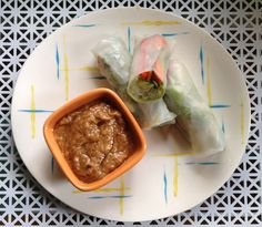 Oh So Lovely Vintage: Vietnamese rice rolls & the perfect peanut sauce!
