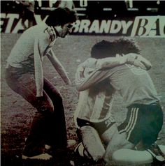 Soul Hug - Soccer most famous photo