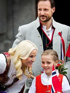 The Royal family. HURRRA FOR 17 MAI.