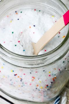 DIY Birthday Cake Bath Salts Tutorial - Relax and celebrate your birthday…