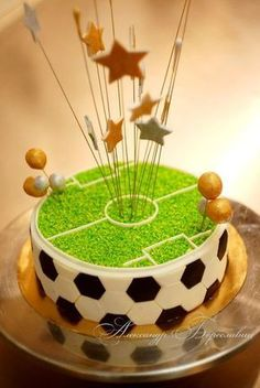 New Cupcakes Cakes Football 29 Ideas Football Cupcake Cakes, Football Themed Cakes, Soccer Birthday Cakes, Soccer Ball Cake, Soccer Cakes, Soccer Party, Sport Cakes, Cakes For Boys, Savoury Cake