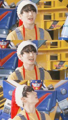 merry christmas from jungkook Busan, Taekook, Bts Bangtan Boy, Jimin, Bts Christmas, Rapper, Maknae Of Bts, All Bts Members, Jeon Jeongguk