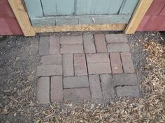 for by the shed Paving Ideas, Old Bricks, Flower Beds, Homesteading, Living Spaces, Shed, Cottage, Patio, Garden