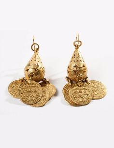 0863c0228a1a42 Ottoman earrings with coin dangling coin pendants   ca. 18th century   Est.  3. Bijoux OrientauxBijoux DiamantCuivreMode ...