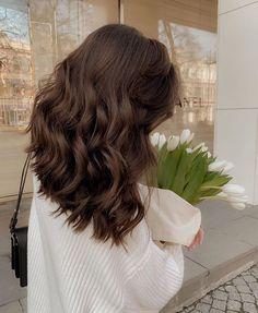 Hair Inspo, Hair Inspiration, Curly Hair Styles, Natural Hair Styles, Aesthetic Hair, Brunette Hair, Long Brunette, Brunette Highlights, Brunette Color