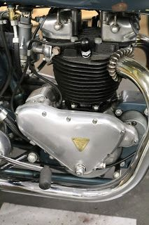 OldMotoDude: 1952 Triumph Thunderbird on display at LeMay - America's Car Museum -- Tacoma, Wa. Concept Motorcycles, Triumph Motorcycles, British Motorcycles, Vintage Motorcycles, Old Bikes, Dirt Bikes, Vintage Bikes, Vintage Cars, Bmw Cafe Racer