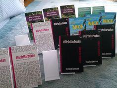 För många författare är föreläsningar, kurser och mässor viktiga tillfällen för att sälja böcker. Deltagandet förenklas om man har ett färdigt mäss-kit för att enkelt frakta böcker, skylta snyggt och ta betalt.