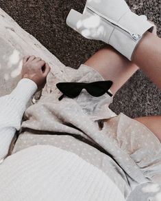 Classy High Minimal Fashion and Street Style Ideas #fashion #blackandwhite #ootd #style