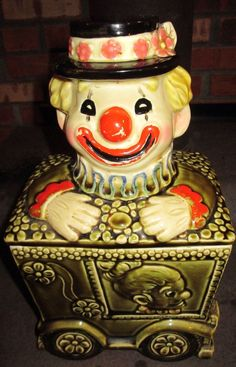 Vintage 50's Rare Clown in a Circus Car Cookie Jar Made in Japan,Great Condition