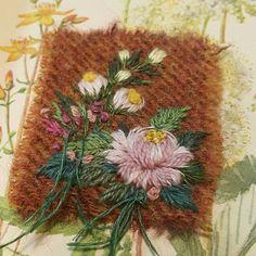 주말이니 머리와 손은 휴식 Copyright ⓒ2018. 꽃피우는화분all rights reserved Crewel Embroidery, Cross Stitch Embroidery, Embroidery Patterns, Cushion Cover Designs, Crazy Patchwork, Wool Thread, Creative Embroidery, Embroidery Techniques, Fabric Art