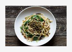 Πρωτότυπη συνταγή: Ζυμαρικά με φακές Spaghetti, Ethnic Recipes, Food, Essen, Meals, Yemek, Noodle, Eten