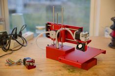 First Look: Printrbot Unveils Its All-Metal Printer 3d Printing Machine, 3d Printing Diy, 3d Printing Business, 3d Printing News, 3d Printing Industry, 3d Printing Service, Cnc Machine, Metal 3d Printer, Printer Desk