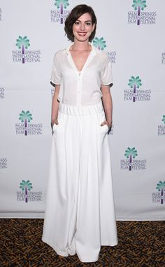 Anne Hathaway looks beautiful in white!