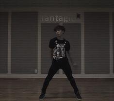 dancing kpop bts rocky seventeen astro astro kpop astro mj rocky astro astro moonbin astro sanha astro dancing astro eunwoo astro jinnjin from Dance Kpop, Eunwoo Astro, Dancing King, Rap God, Life Pictures, Music Love, Minhyuk, K Idols, Pop Group