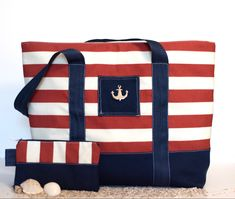 Anchor beach bag  ‼️Free essentials bag included‼️ ✅ Handmade ✅ Free shipping within Canada! ✅ We guarantee to ship your order out within 48h! ✅ Wash safe Large Beach Bags, Large Tote, Handmade Purses, Handmade Gifts, Canvas Handbags, Diaper Bag, Pouch, Anchor, Essentials