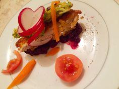 #toast #chicken #vegetable #broccolifritter Broccoli Fritters, Chicken Schnitzel, Hamburger, Toast, Vegetables, Breakfast, Healthy, Ethnic Recipes, Food