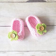 Crochet Baby Shamrock Shoes Booties Slippers St. Patrick's Day St. Patty's Day Handmade Photography Photo Prop Baby Shower Gift Present