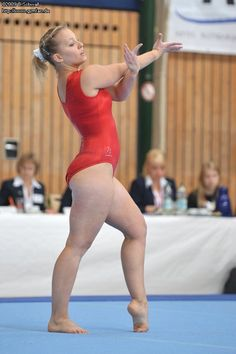 Bundesliga 2009 (3. Wettkampf) Gymnastics Pictures, Sport Gymnastics, Beyonce Style, Beautiful Girl Body, Female Gymnast, Women Volleyball, Pretty Black Girls, Bikini Outfits, Curvy Outfits