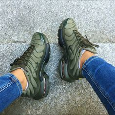 Find more at => nike air max plus, hiking boots, air max sneakers Cute Shoes, Me Too Shoes, Women's Shoes, Shoe Boots, Shoes Style, Comfy Shoes, Trendy Shoes, Shoes Men, Nike Air Max Plus