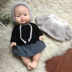 Un pull islandais pour poupée Paola Reina
