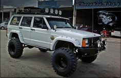 #Jeep XJ #FenderFlares #4x4